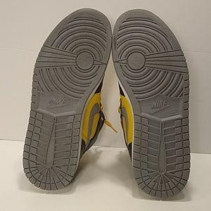 Jordan Shoes - Air Jordan 1 PHAT Black Yellow Mid Sz. 9.5 0a9380eb660a